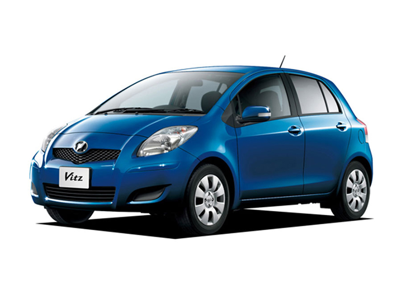 Toyota Vitz F 1.3 User Review